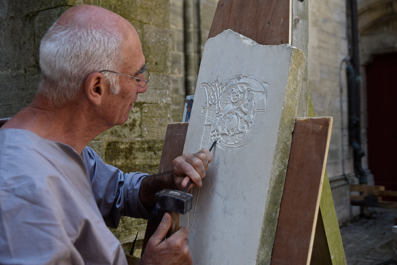 Le sculpteur Alain Mainhagu