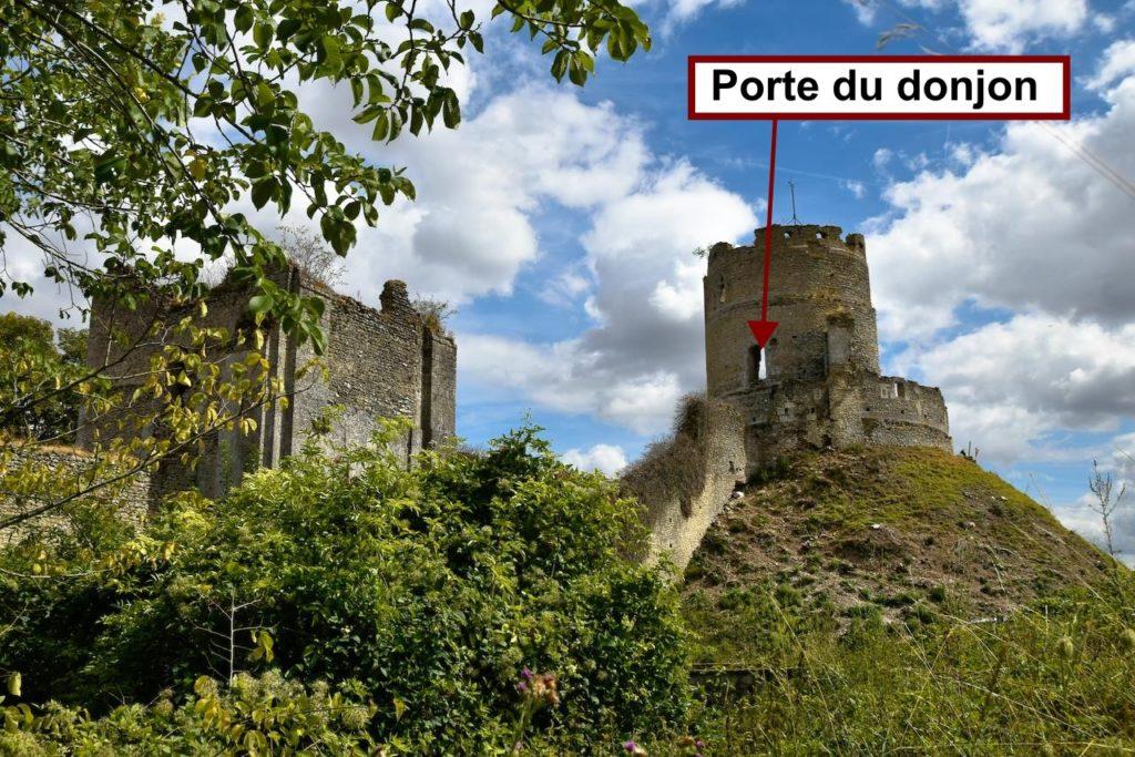 Donjon et tour porche de Château-sur-Epte