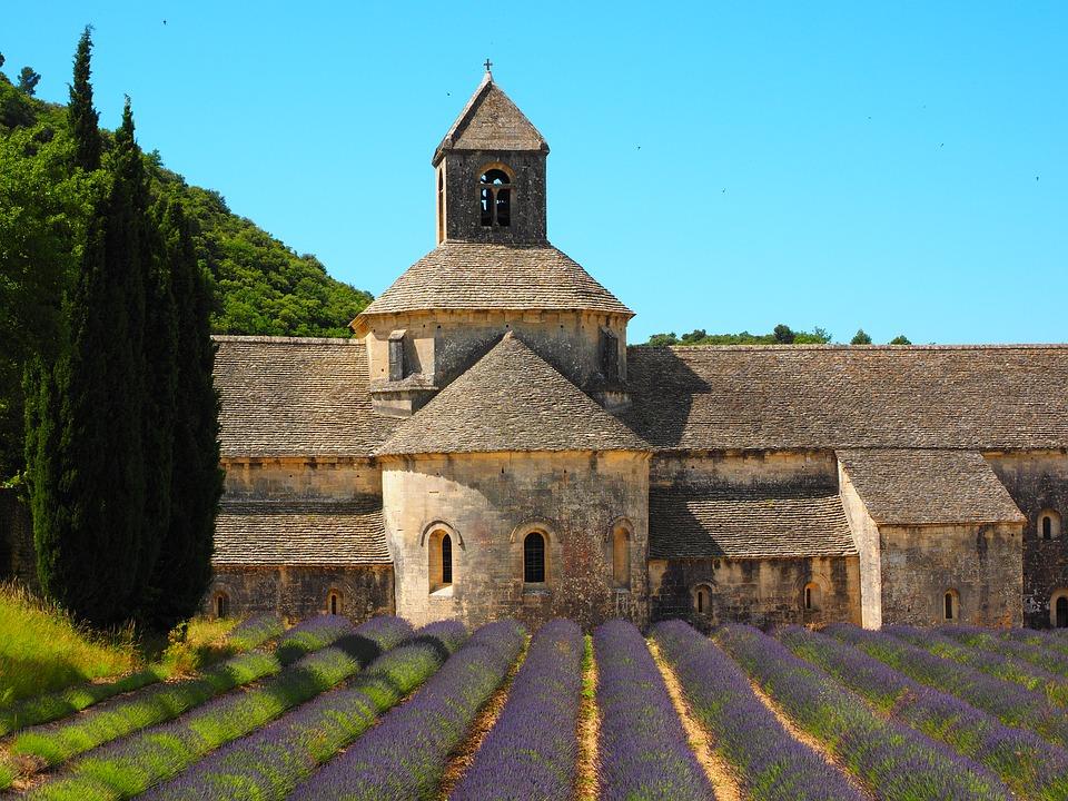 L'église de l'abbaye Notre-Dame de Sénanque.