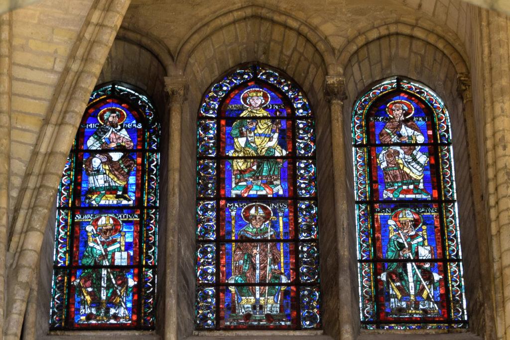 Vitraux XIIe siècle de l'abbatiale Saint-Rémi de Reims
