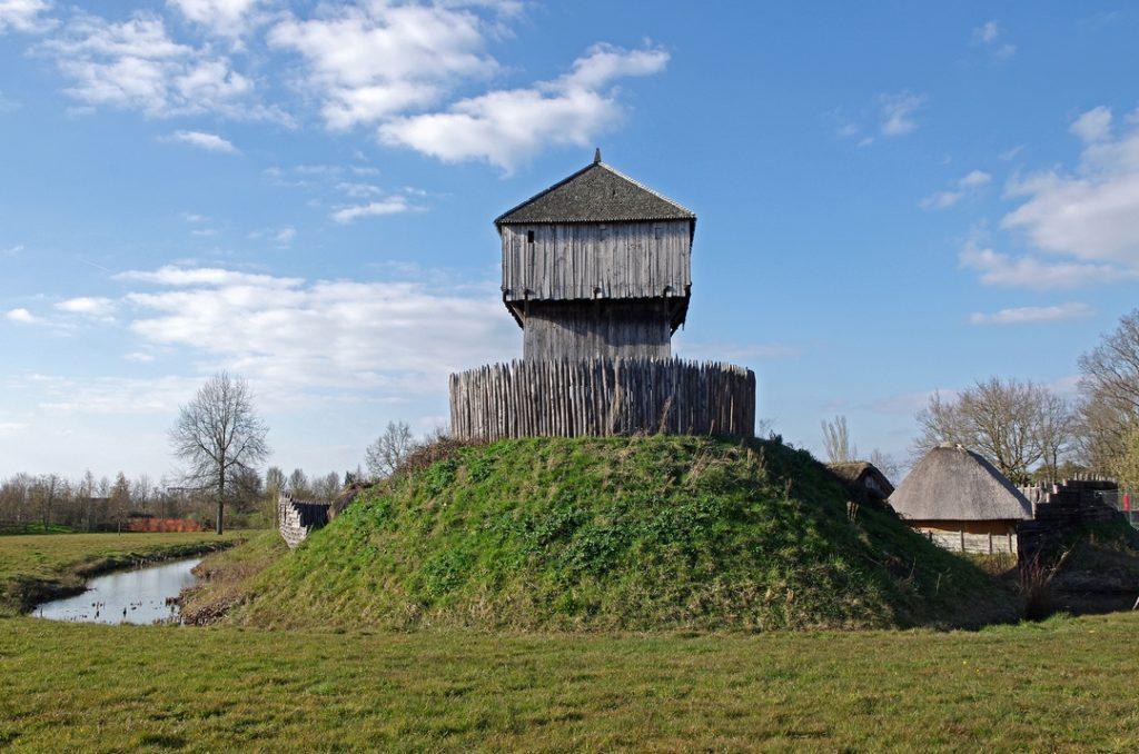 Motte castrale à Saint-Sylvain d'Anjou